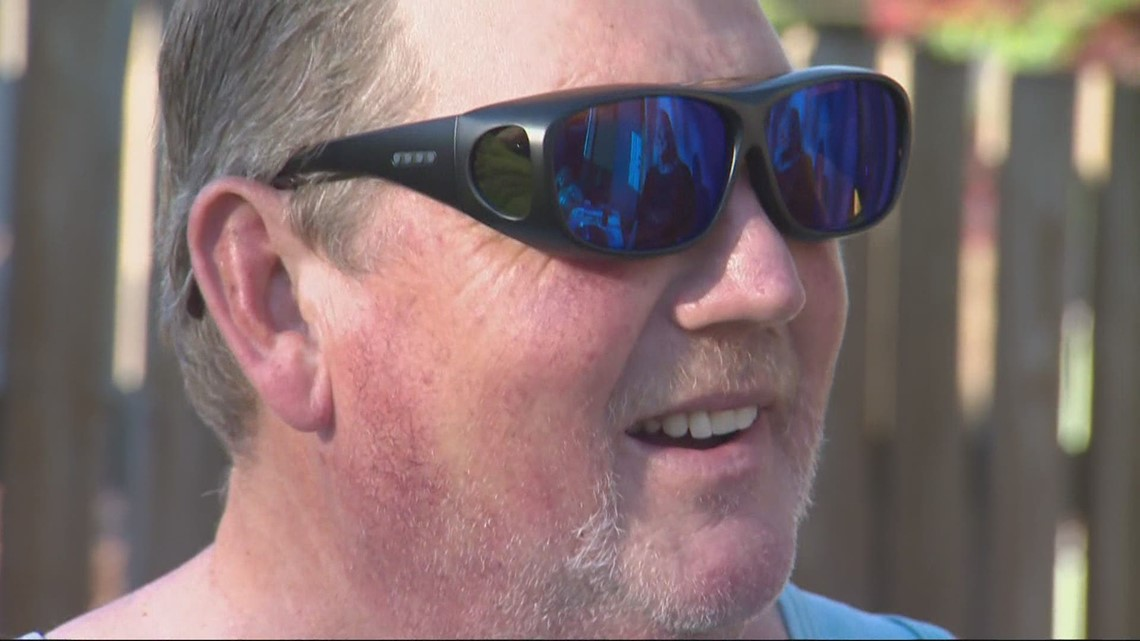 Family surprises color blind dad in Camas with corrective glasses