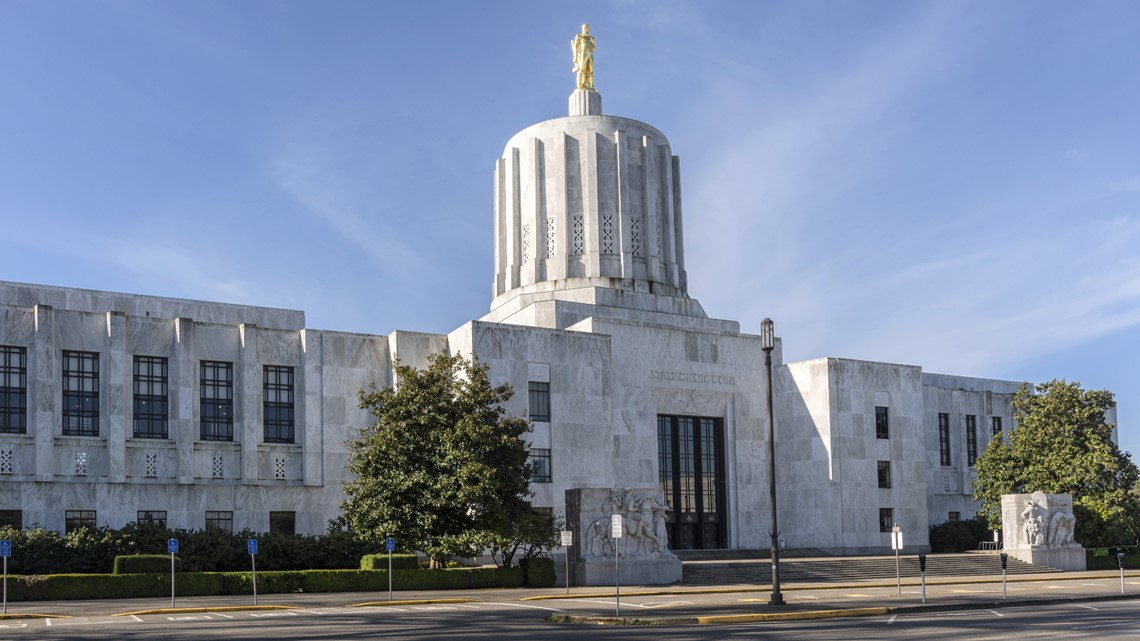 Oregon ensures safe storage of guns; bans them from Capitol