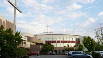 Vietnamese community Catholic church eyes I-205  megachurch for purchase