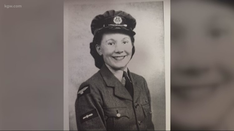 'I'm very proud of being a veteran': 100-year-old Oregon veteran gets special honor on Veterans Day