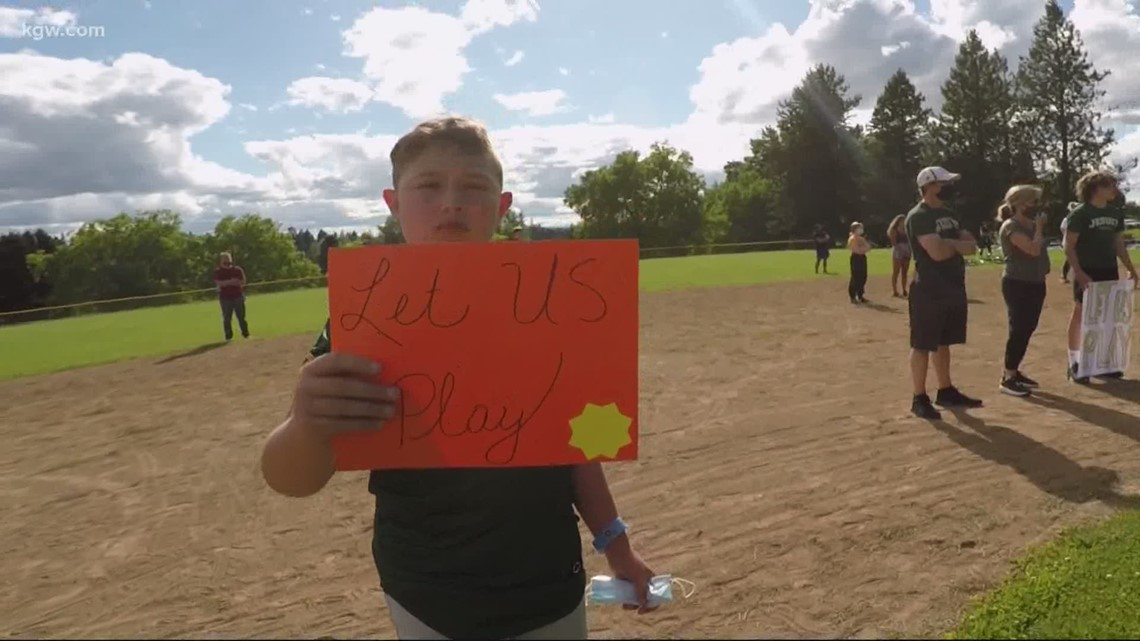 Parents, athletes plead with state lawmakers to restart sports