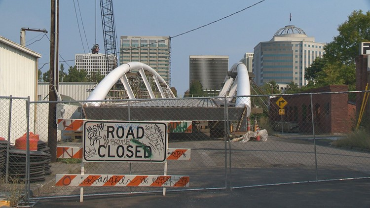 Blumenauer Bridge installment over I-84 delayed
