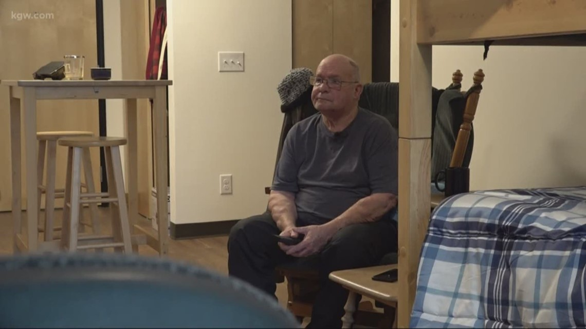 'It gives me courage': A place for veterans to call home opens in Oregon City