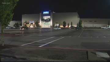 Gunfire erupts in parking lot of Washington Square Mall