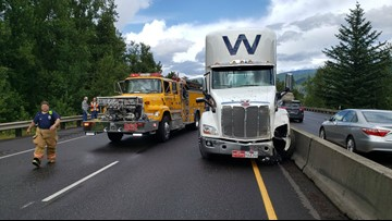 I-84 westbound lanes reopened after multiple crashes | kgw com