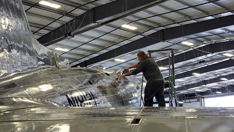 'It's gonna be terribly exciting': Oregon DC-3 to join D-Day reenactment