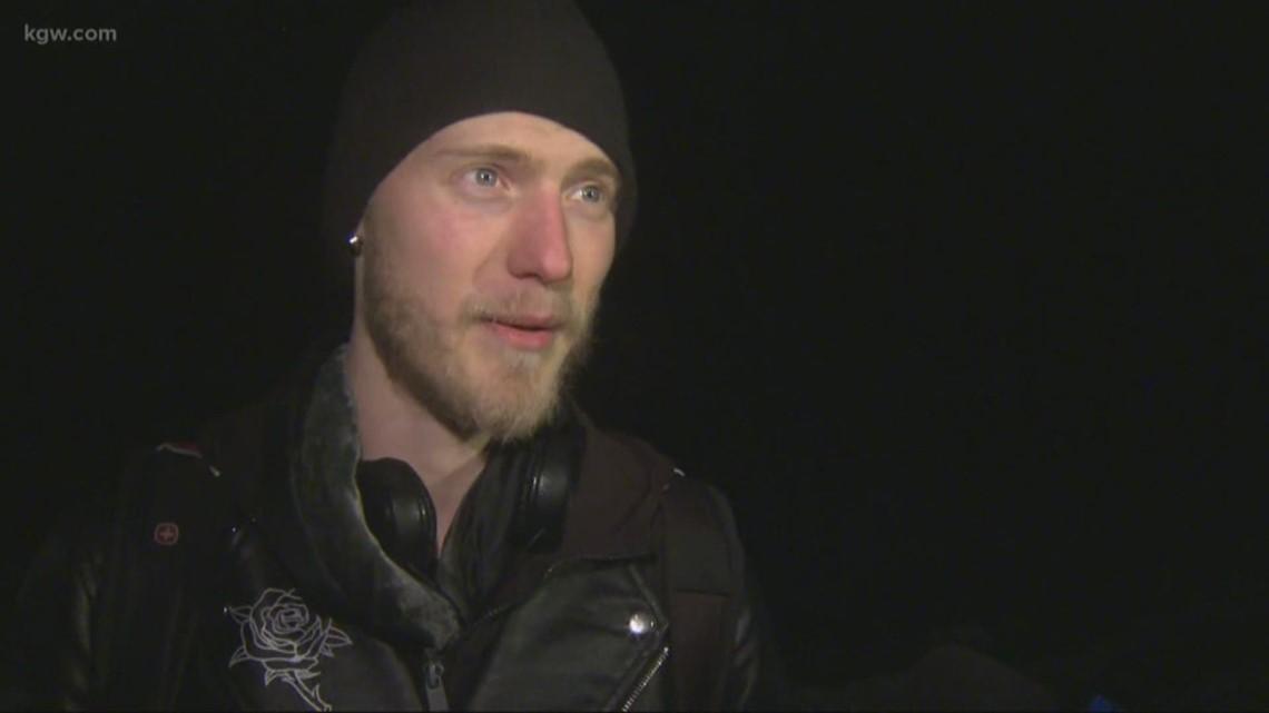 Hiker lost near Multnomah Falls rescued