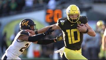 Oregon stays at No. 6 in latest College Football Playoff rankings