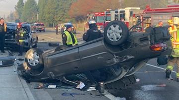 Distracted driver causes 4-vehicle crash near Aloha, deputies say