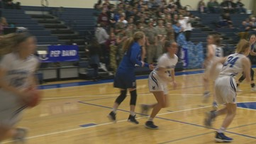 Highlights: No. 7 Valley Catholic advances to state with 42-25 over Mazama