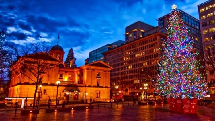 Christmas Lights In Portland, Or 2021 Portland S Pioneer Square Christmas Tree Lighting Goes Virtual Kgw Com