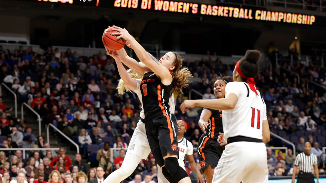Fuehring, Durr lead Louisville past Oregon State 61-44