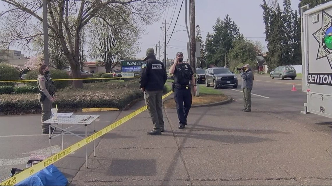 Bodycam video shows moments before fatal police shooting in Corvallis