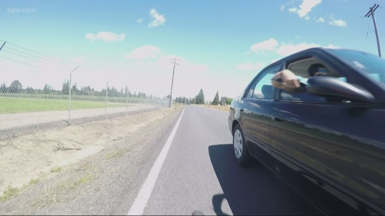 Bicyclist nearly stabbed by passenger in passing car in Washington County