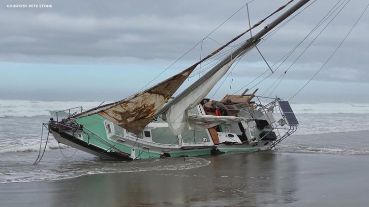 Sailboat washes up near Rockaway Beach