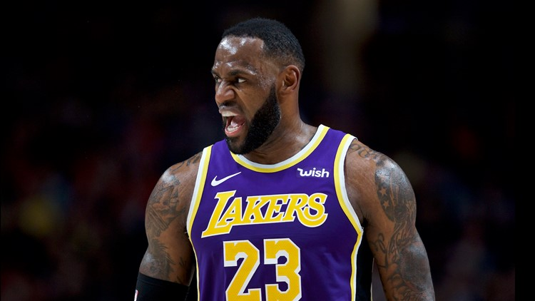 Lakers rout the Blazers 136-113