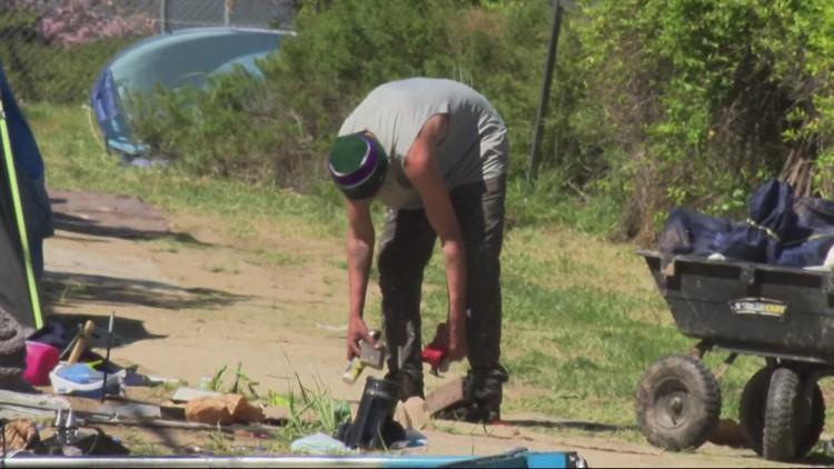 Portland program employs homeless to clean up trash