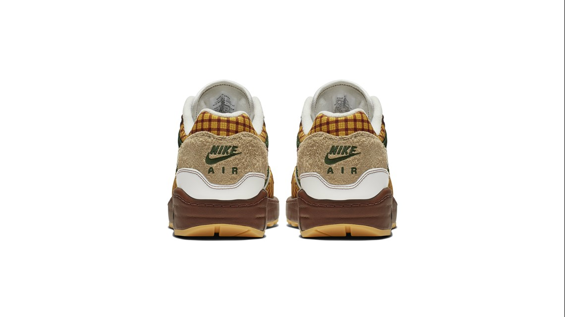 on sale 93f51 0e984 The Missing Link x Nike Air Max Susan