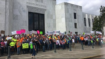 Loggers and truck drivers rally in Salem to protest cap-and-trade bill
