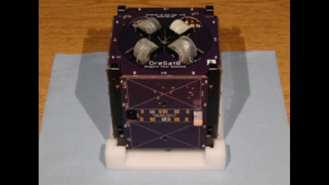 Portland State University students prepare Oregon's first satellite for space