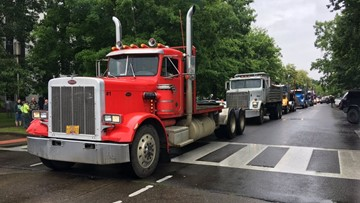 Truckers, loggers rally outside Capitol to oppose cap-and-trade bill, support Republican senators