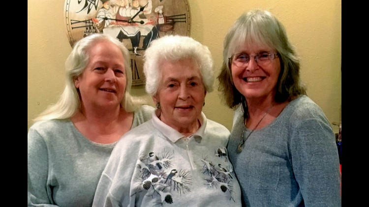 Beth, Lynne and Barbara Grensted