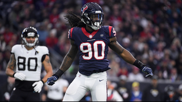 Reports: Seahawks trade for Pro Bowl pass rusher Jadeveon Clowney