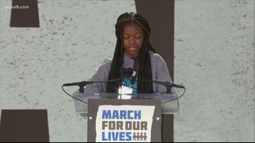 'Guns have become the voice of America' | Teen shares gun story at rally