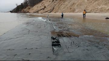 Storm surge uncovers shipwreck on Lake Michigan